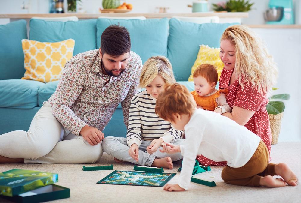 楽しく遊べて、おしゃれに飾れる!大人も子供も熱中するカード&ボードゲームのアイキャッチ